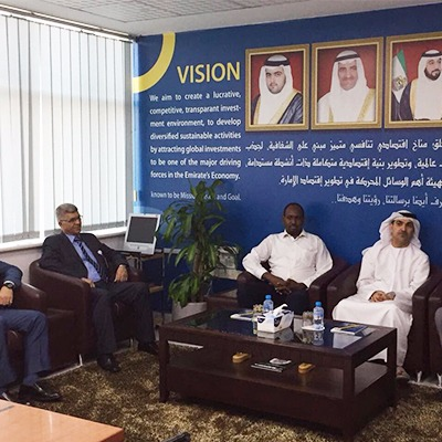 Director General of Free Zone Authority receives a delegation of businessmen